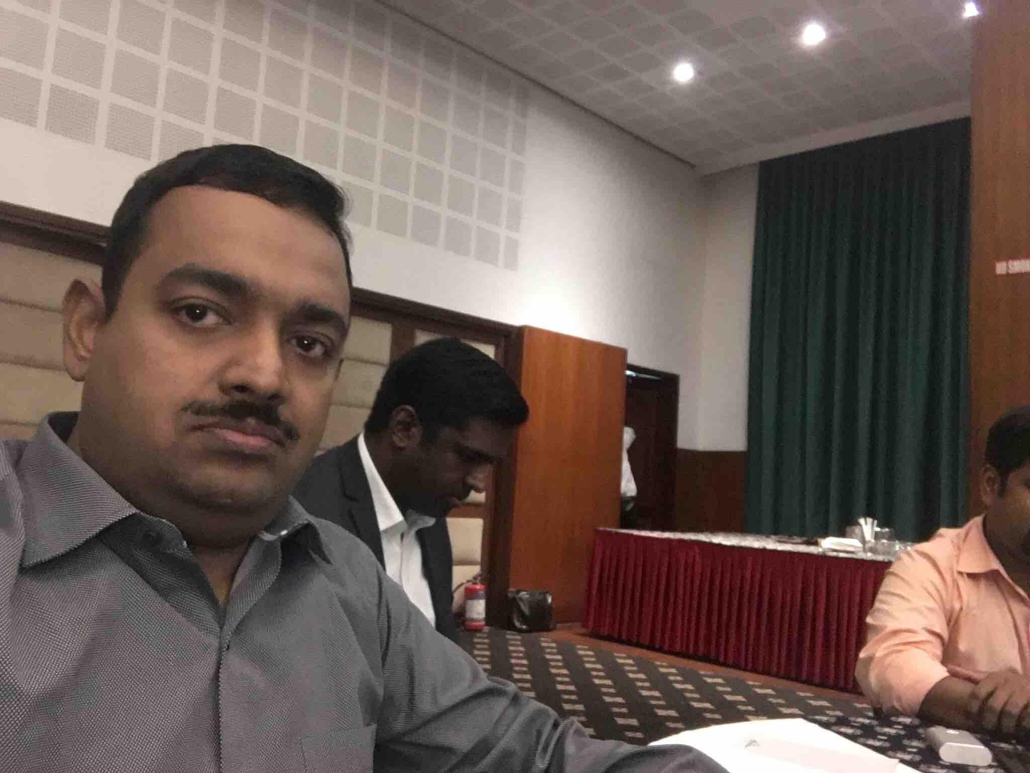 Dr. Sumesh Raj.Md.Frcp