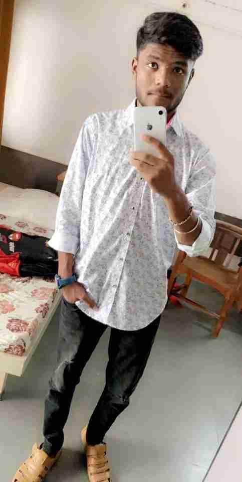 Dipen Bhoi's profile on Curofy