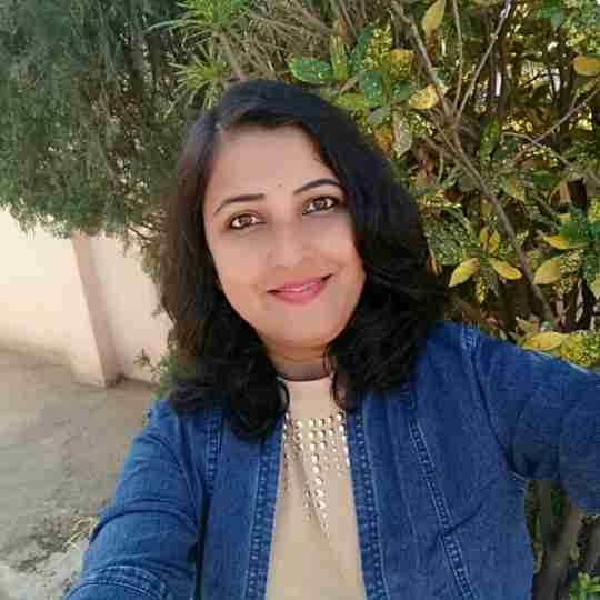 Dr. Poonam Khot's profile on Curofy