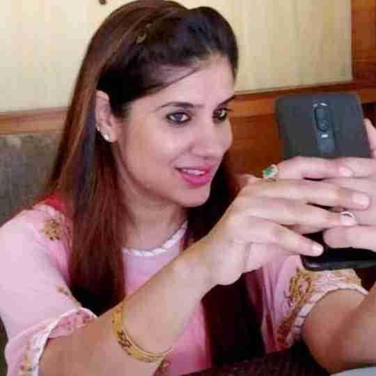Dr. Akansha Sharma's profile on Curofy
