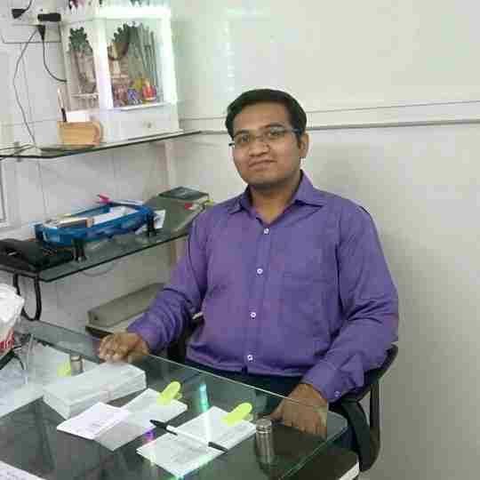 Dr. Mayur Dhandge's profile on Curofy
