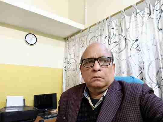 Dr. Ashok Kumar Singh's profile on Curofy