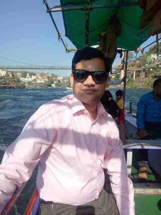 Dr. Rambharat Dhakad's profile on Curofy