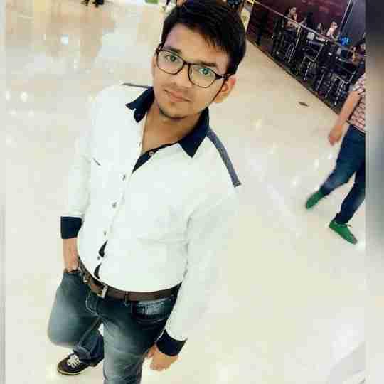 Abhishek Sharma's profile on Curofy