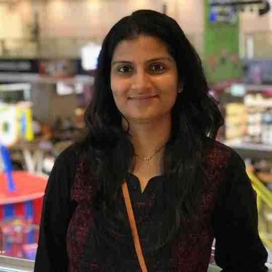 Dr. Divya Santolia Arya's profile on Curofy