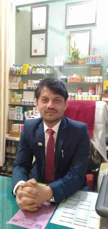 Dr. Sarwar Khan