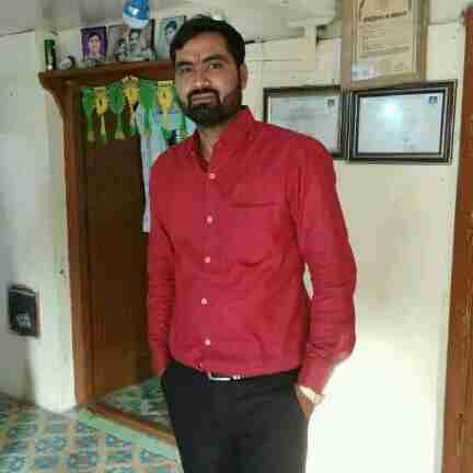 Dr. Niraj Chouhan's profile on Curofy