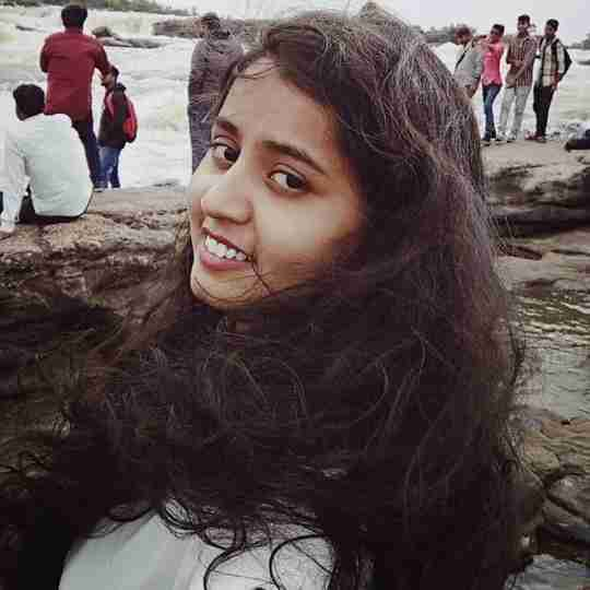 Arti Pawar's profile on Curofy