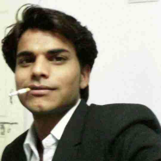 Pawan Jharwal's profile on Curofy