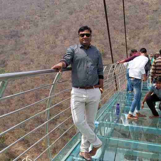 Dr. Akhilesh Kumar's profile on Curofy