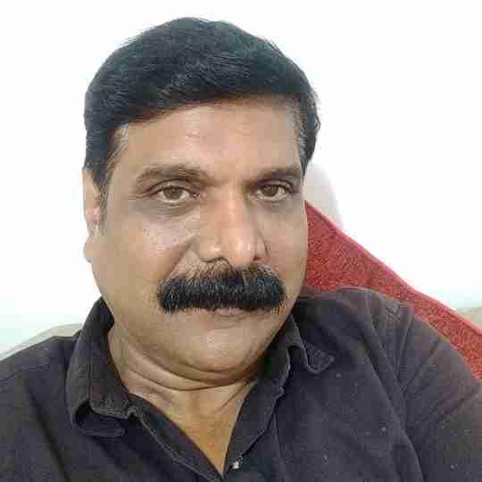 Dr. Naresh Tiwari's profile on Curofy