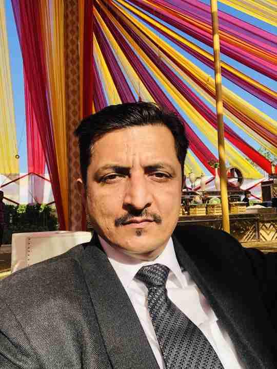 Dr. Bharat Bansal's profile on Curofy