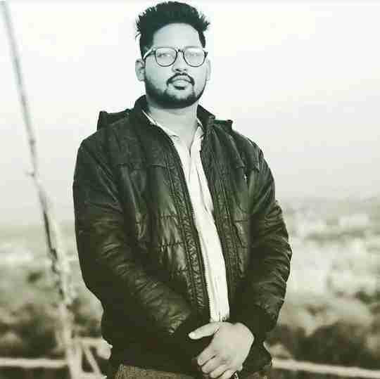 Dr. Akhilesh Pawar's profile on Curofy