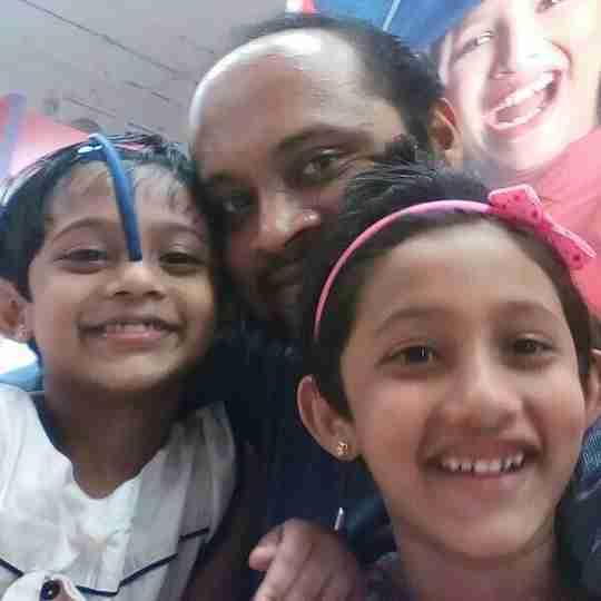 Dr. Vipin K Ravi's profile on Curofy