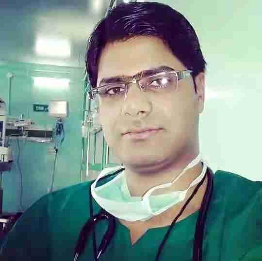 Dr. Aabid Altaf Wani's profile on Curofy
