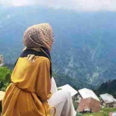 Sadia Mirza's profile on Curofy