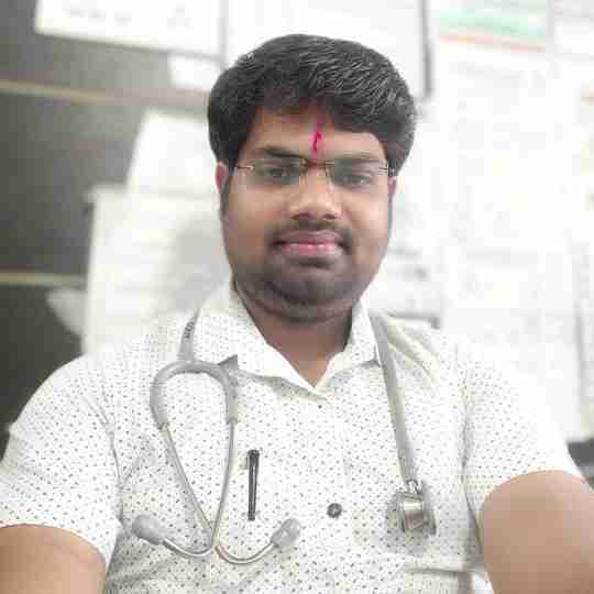 Dr. Bhumeshwar Dhakate's profile on Curofy