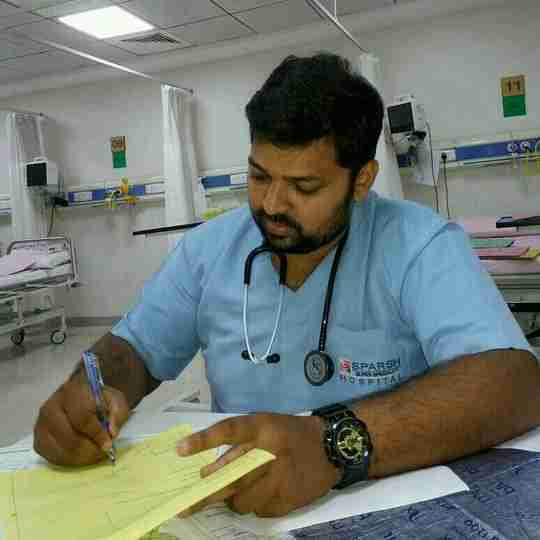 Dr. Anand Mudhol's profile on Curofy