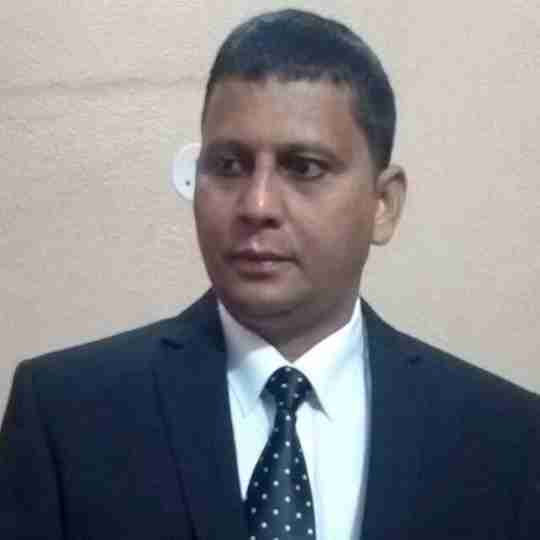 Dr. Sanjay Tiwari's profile on Curofy