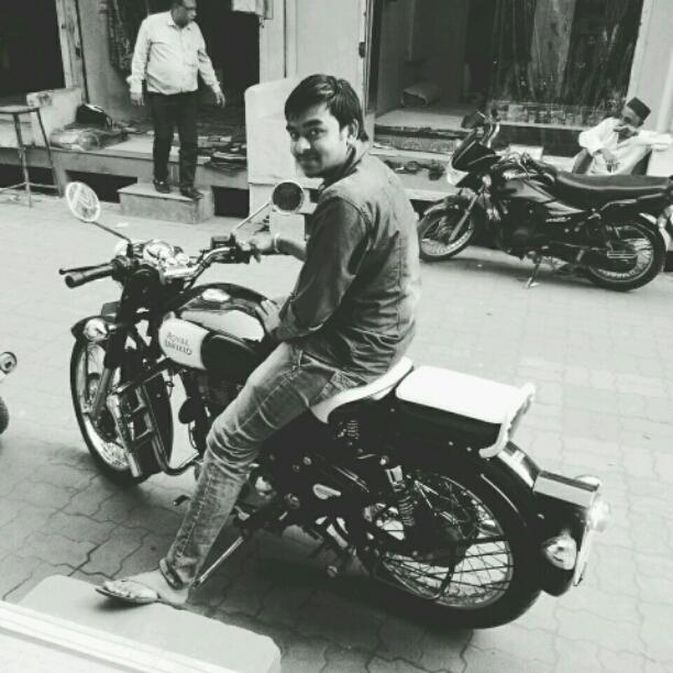 Prakash Bhayal's profile on Curofy