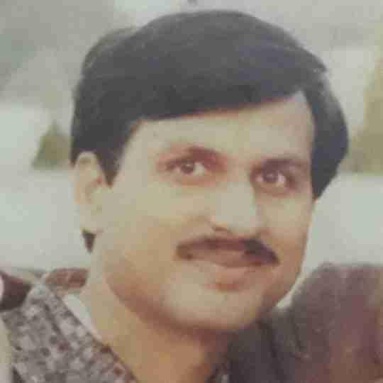 Dr. Dinesh Sharma's profile on Curofy