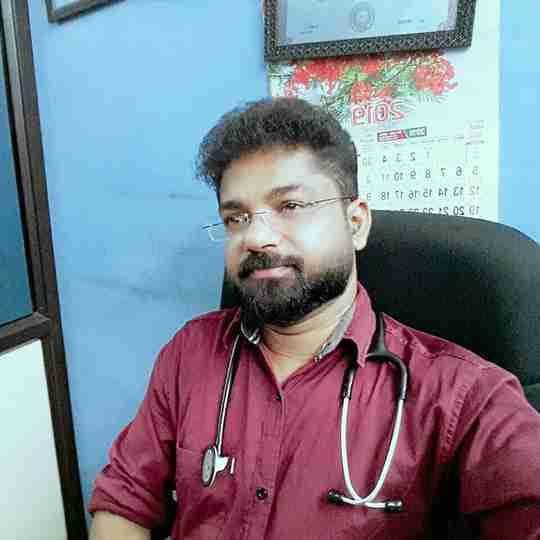 Dr. Naufal Kalanad's profile on Curofy