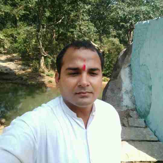 Saurabh Triparhi's profile on Curofy