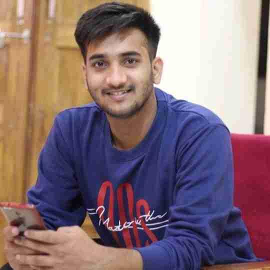 Akash Sachan's profile on Curofy