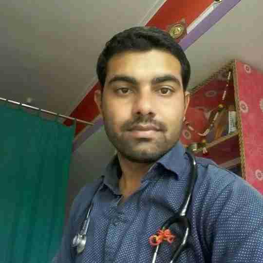 Dr. Dewanand Prajapat's profile on Curofy