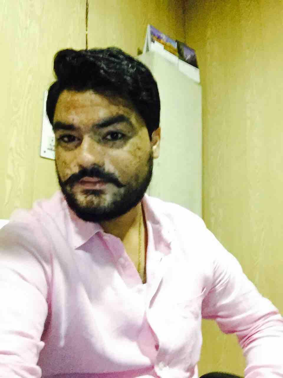 Dr. Piyush Jamba's profile on Curofy