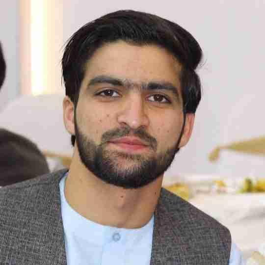 Dr. Abuzar Fahmi's profile on Curofy