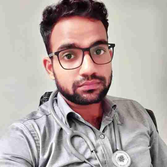 Dr. Tribhuvan Singh's profile on Curofy