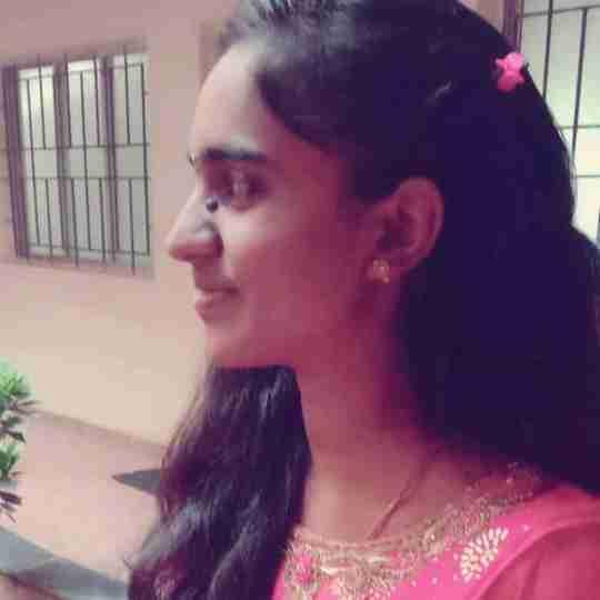 Yamini Mulkal's profile on Curofy