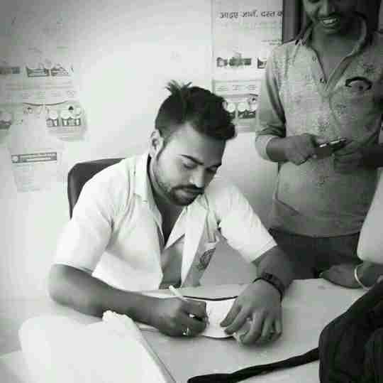Munendra Kushwaha's profile on Curofy