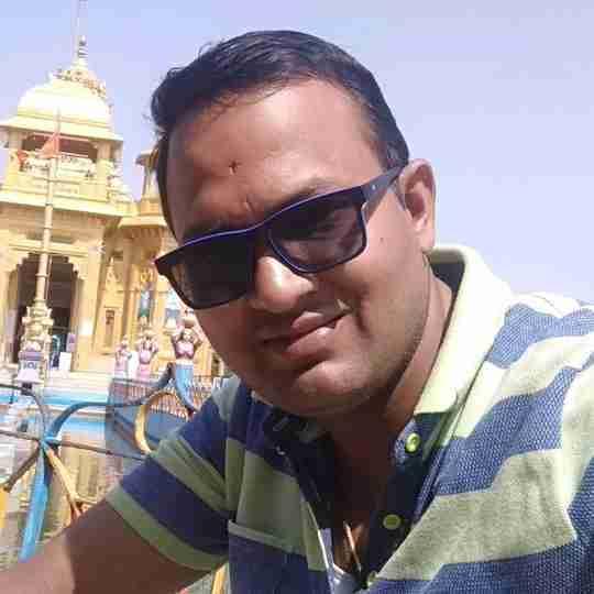 Dr. Hemant Ahirwar's profile on Curofy