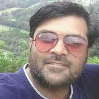 Gulab Tewani's profile on Curofy