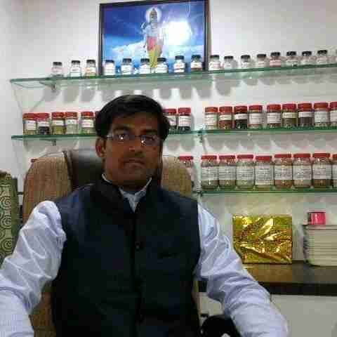 Dr. Mohit Lodha's profile on Curofy