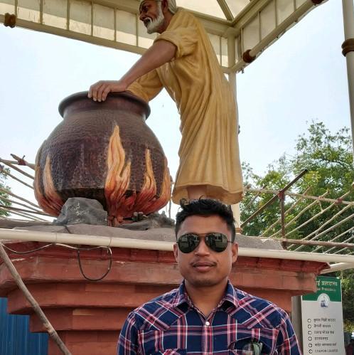 Dr. Rajesh Pradhan's profile on Curofy