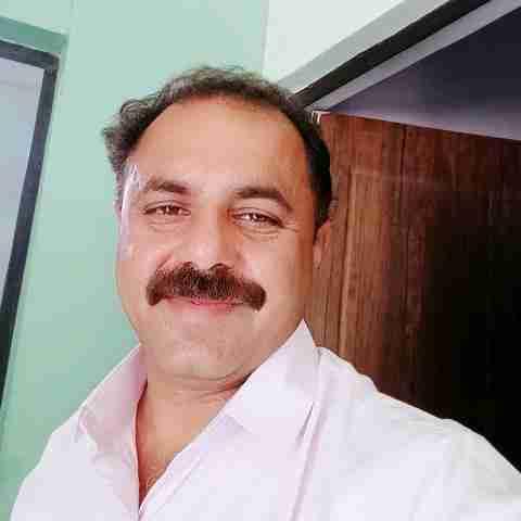 Dr. Manish Jain's profile on Curofy