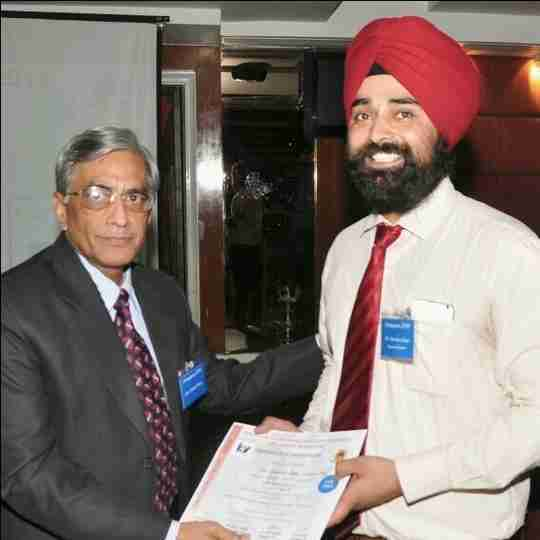 Dr. Gurinder Singh's profile on Curofy