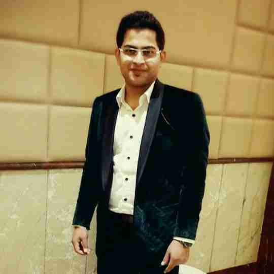 Dr. Harshit Malhotra's profile on Curofy