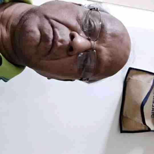 Dr. Naresh Holani's profile on Curofy