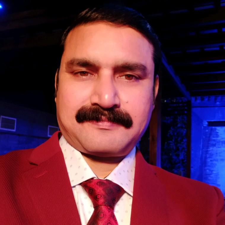 Dr. Us Gupta's profile on Curofy