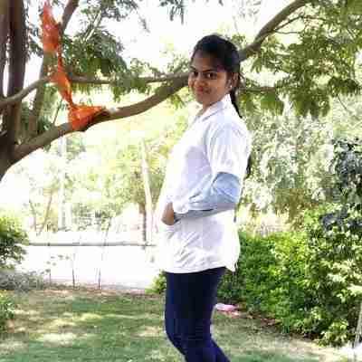 Dr. Sonali Jagdale's profile on Curofy