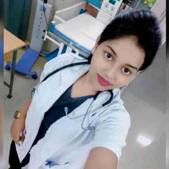 Dr. Surbhi Salunkhe's profile on Curofy