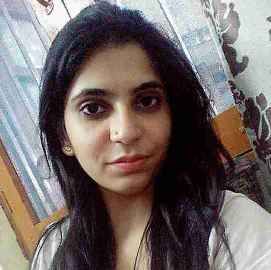 Ayesha Naaz's profile on Curofy