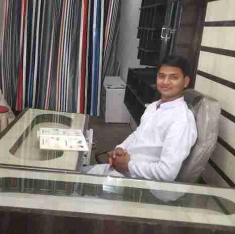 Dr. Akhilesh Pippal's profile on Curofy