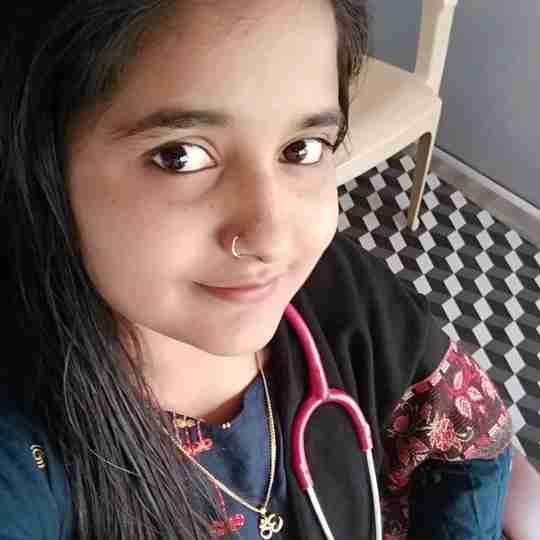 Dr. Tejaswini Gupta's profile on Curofy