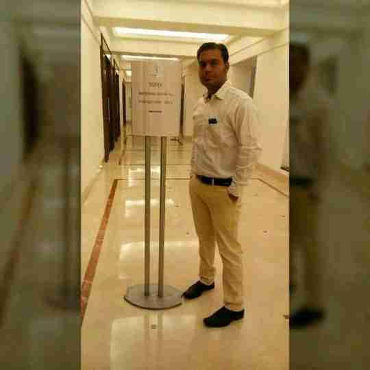 Dr. Shivam Dubey's profile on Curofy