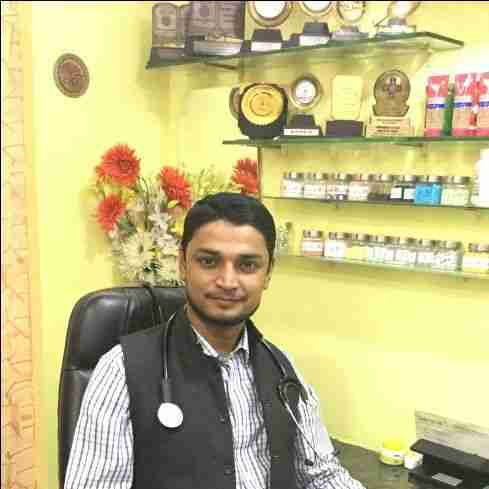 Dr. Arshad Khan's profile on Curofy